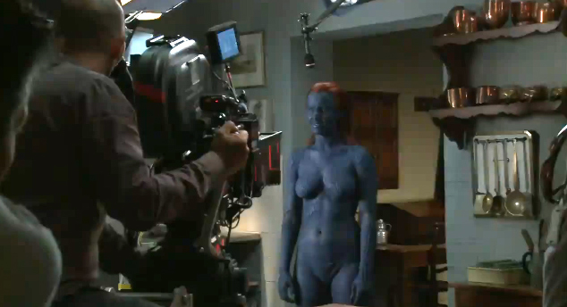 Jennifer-Lawrence-naked-Mystique-10