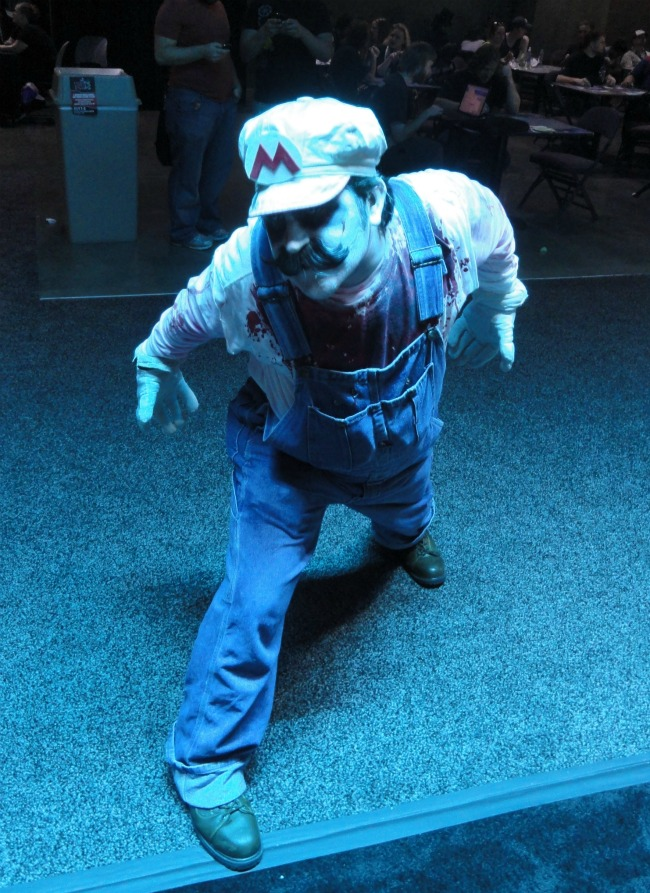 sxsw-screenburn-arcade-cosplay-zombie-mario