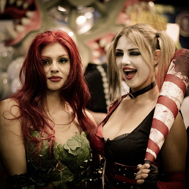 cosplay-batman-poison-ivy-and-harleyquinn-02