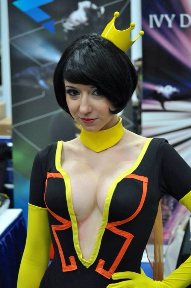 cosplay-venture-brothers-dr-mrs-the-monarch-06