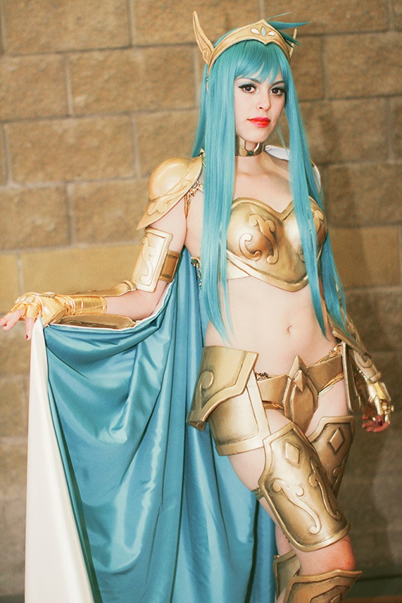 cosplay-saint-seiya-aquarius-camus-01