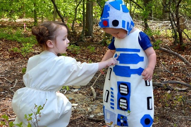 25 Geeky Homemade Halloween Costumes On A Budget