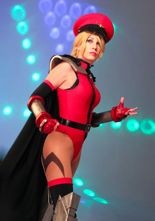 cosplay-streetfighter-m-bison-02